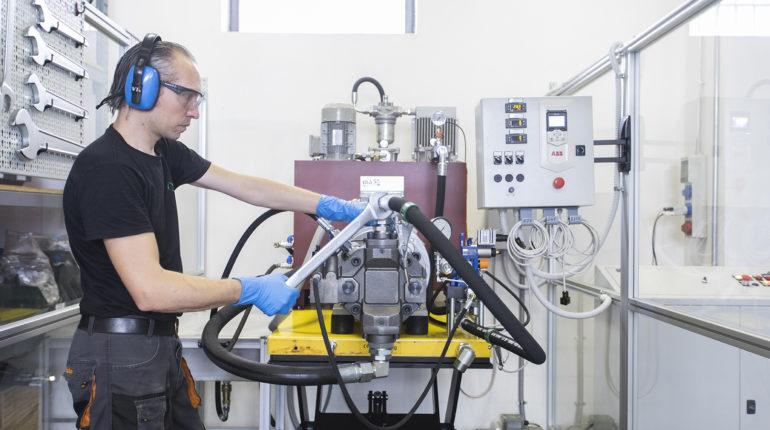 impianto e centralina oleodinamica